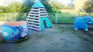 園庭 遊具